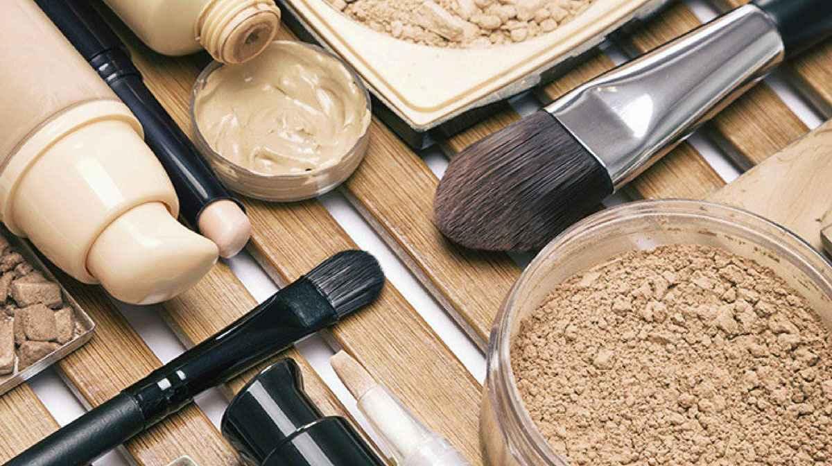 فونداسیون در آرایش چیست و چگونه اجرا میشود؟ | فروشگاه اینترنتی لیمادو